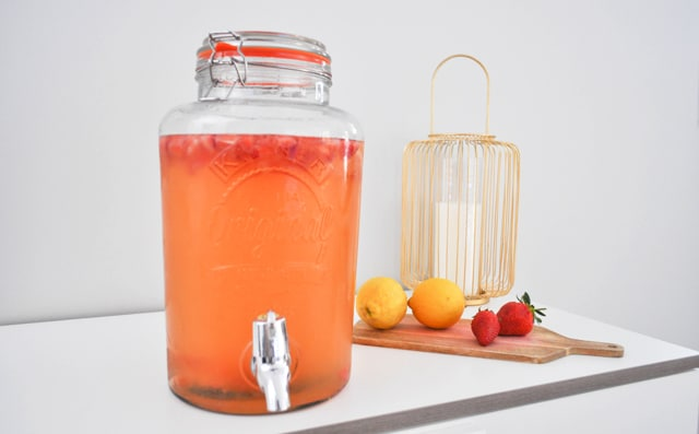 citronnade-gingembre-fraises