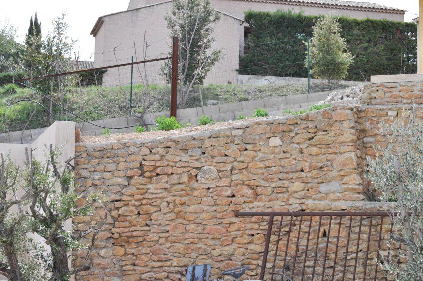 avant-après-amenagement-jardin-mediterranneen1