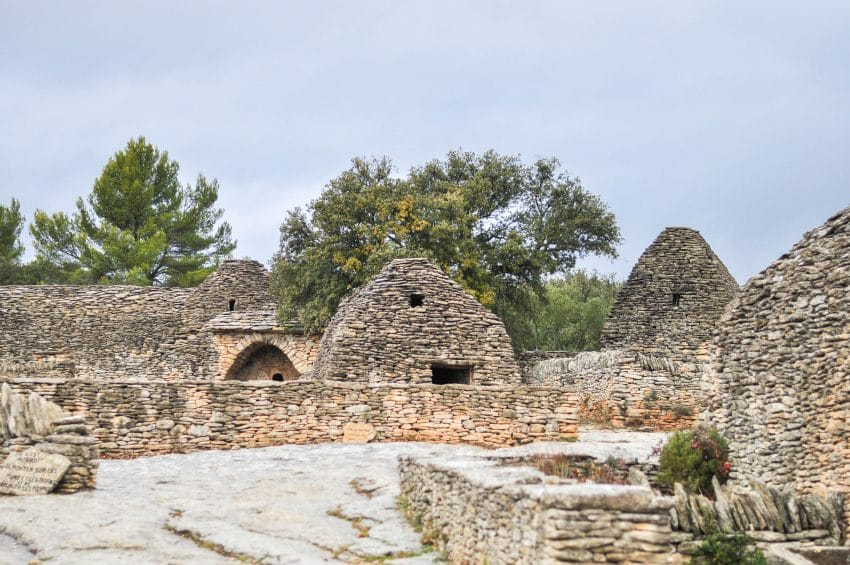 village-bories-vaucluse