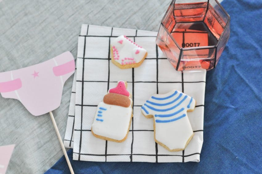 deco-table-biscuits-babyshower