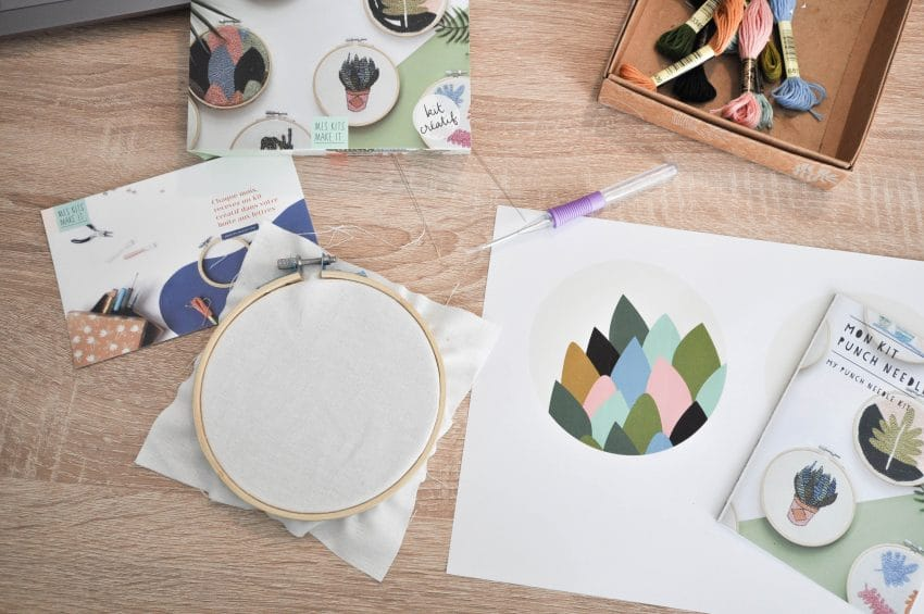 kit-creatif-debuter-punch-needle